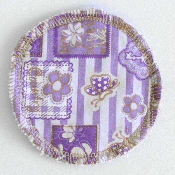 Disque à démaquiller rond, lavable et zéro déchet, tissu violet imprimés baroque et éponge beige