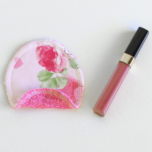 Disque à démaquiller ovale, lavable et zéro déchet, tissu rose et éponge rose