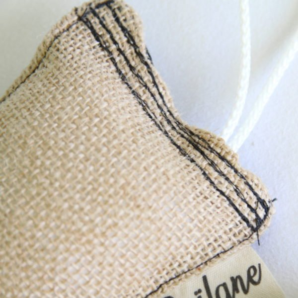 Éponge durable, zéro déchet, toile de jute et tissu noir étoiles blanches