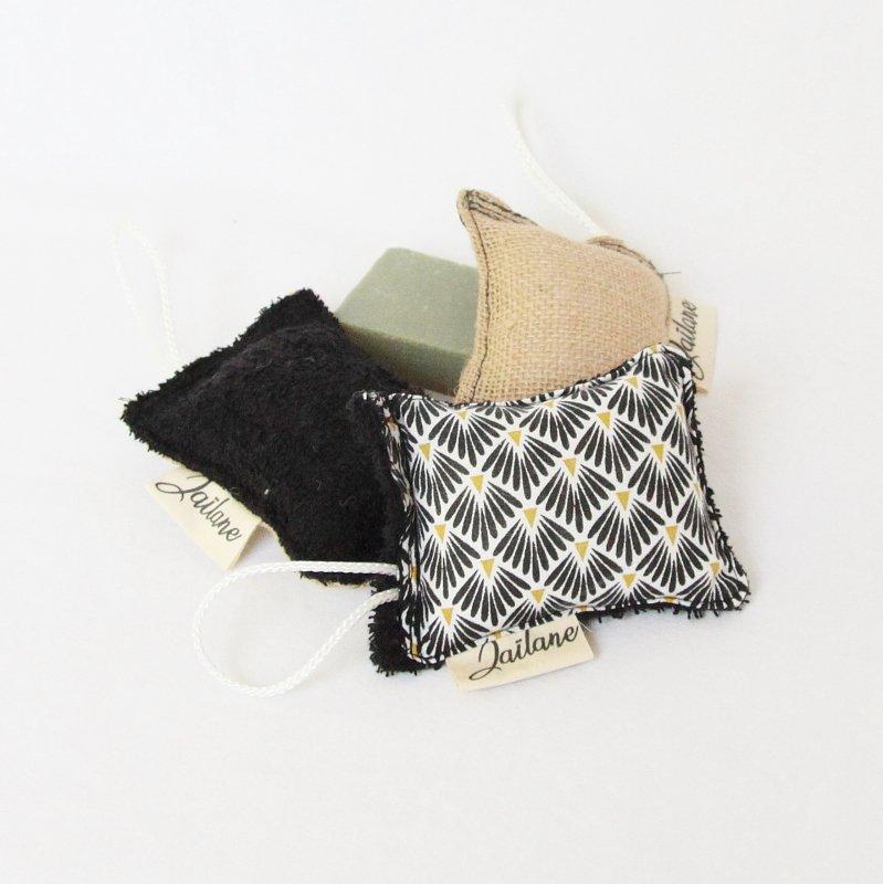 Éponges durables zéro déchet toile de jute éponge noir et tissu éventail