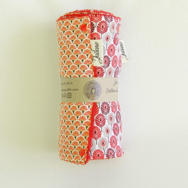 Rouleau de 6 feuilles d'essuie-tout coloris rouge