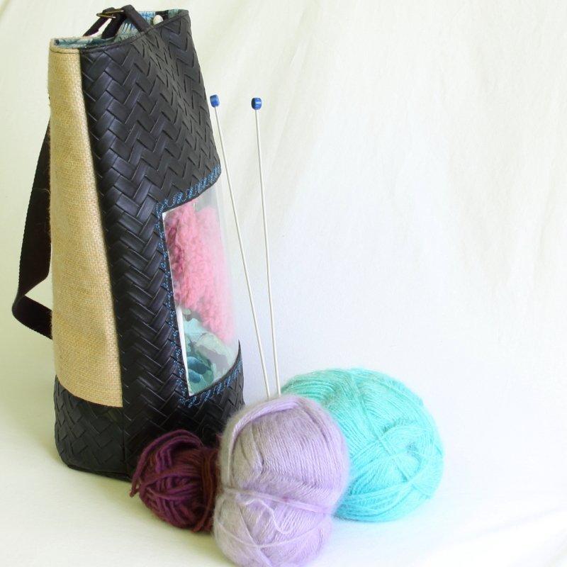 Tricotyne, le sac à ouvrage pratique pour vos aiguilles longues en forme carquois