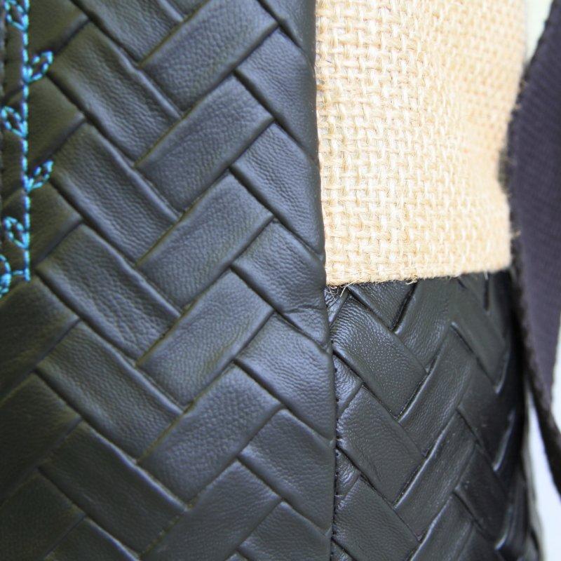 Tricotyne taille 1, sac à ouvrage pratique pour vos aiguilles longues. Simili cuir et toile de jute