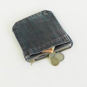Porte monnaie en poches de jeans carré