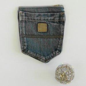 Porte monnaie en poches de jeans recyclé