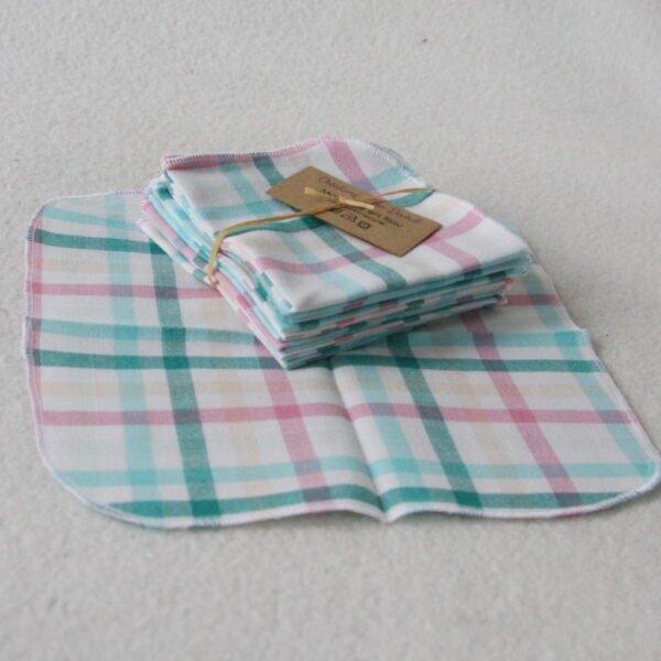 Mouchoir en tissu réutilisable, motifs carreaux roses et verts