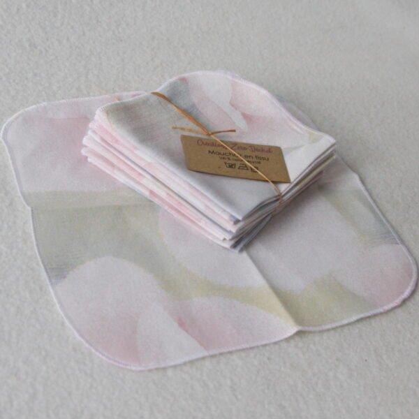 Mouchoir en tissu lavable, motifs grandes fleurs pastels