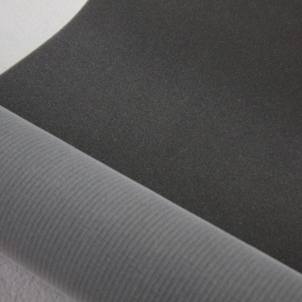 Mousse sur résille de 5 mm d'épaisseur pour renforcer les sacs