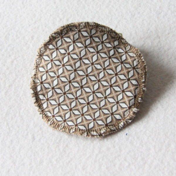 Disque à démaquiller grand rond, lingette zéro déchet tissu beige imprimé d'astérisques blanches & éponge beige