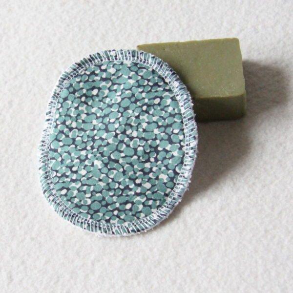 Disque à démaquiller ovale, lingette zéro déchet, tissu mucho vert d'eau & éponge blanche