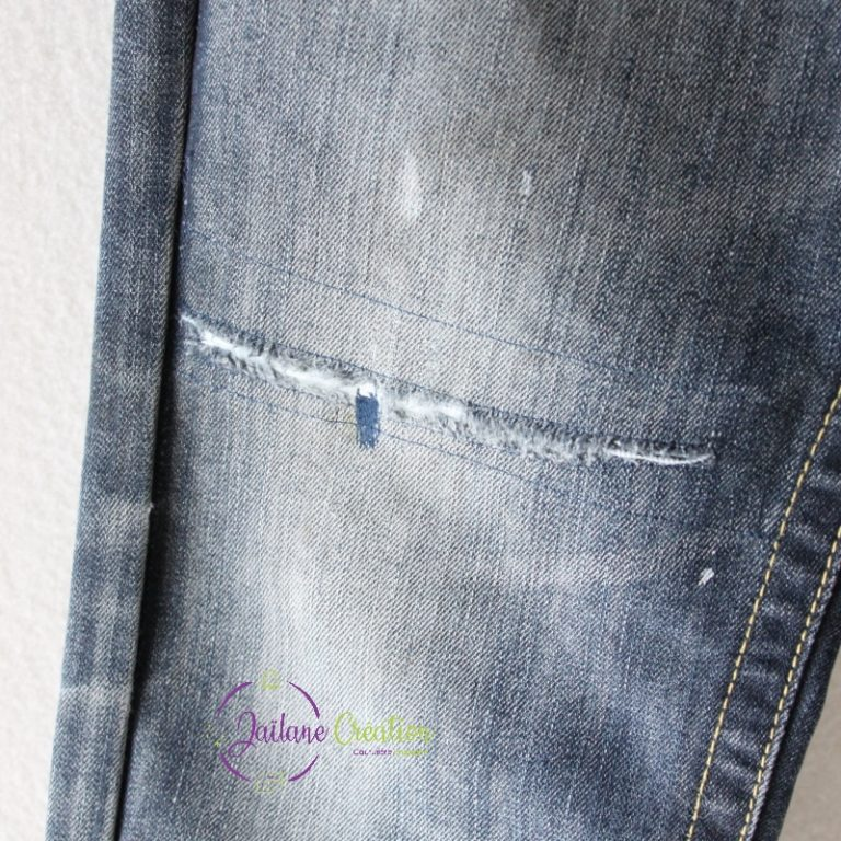 Read more about the article Retouche / réparation genou de jeans
