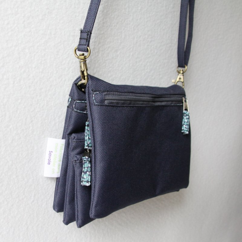 You are currently viewing Julyne, le sac à pochettes